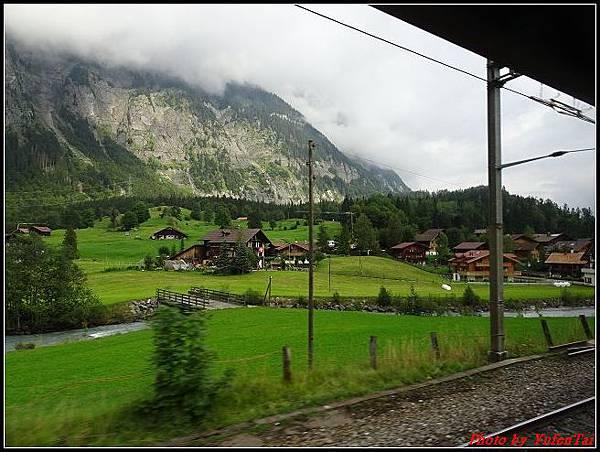 德瑞day6-3洛書堡穿山列車0077.jpg
