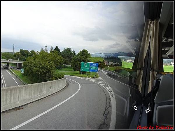 德瑞day6-3洛書堡穿山列車0108.jpg