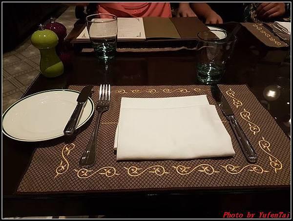 門DAY2-3巴黎人法式餐廳0015.jpg