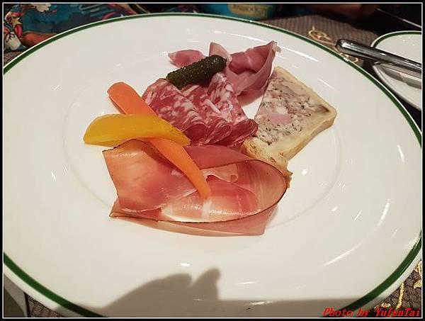 門DAY2-3巴黎人法式餐廳0036.jpg
