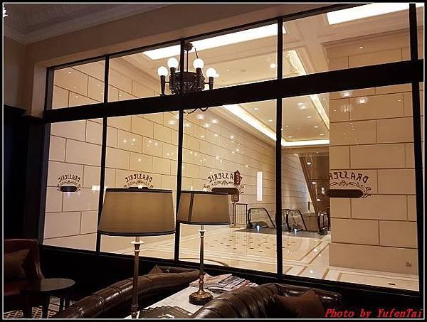 門DAY2-3巴黎人法式餐廳0100.jpg