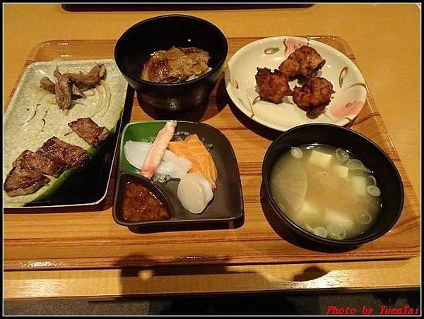 北海道day1-3星野渡假村晚餐019.jpg