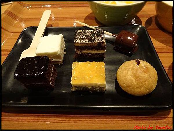 北海道day1-3星野渡假村晚餐032.jpg