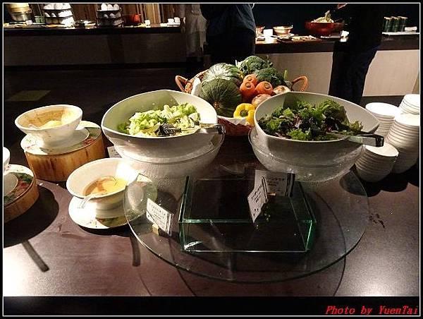 北海道day1-3星野渡假村晚餐063.jpg
