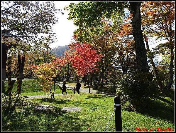北海道day5-2 支笏湖016.jpg