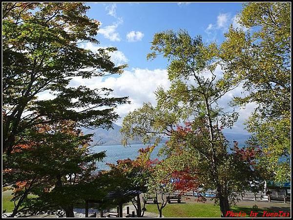北海道day5-2 支笏湖024.jpg