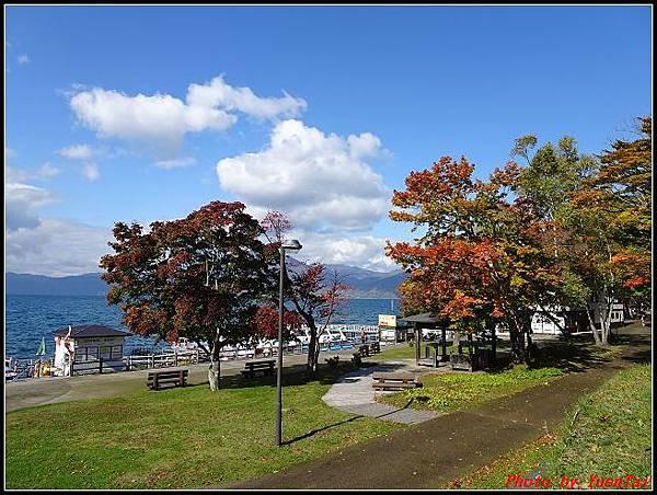 北海道day5-2 支笏湖032.jpg