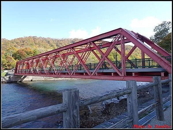 北海道day5-2 支笏湖071.jpg