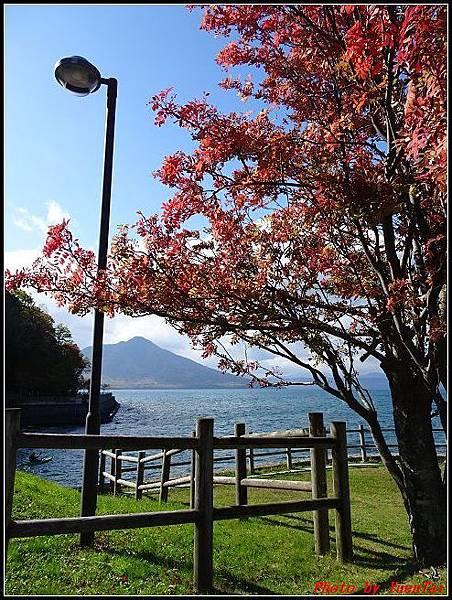 北海道day5-2 支笏湖081.jpg