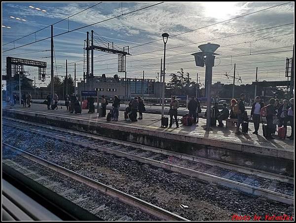 義大利day3-2 高速列車銀箭號+船000027.jpg