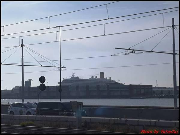 義大利day3-2 高速列車銀箭號+船000036.jpg
