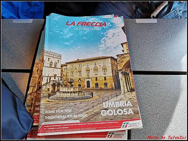 義大利day3-2 高速列車銀箭號+船000038.jpg