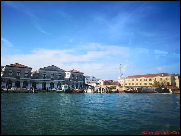義大利day3-2 高速列車銀箭號+船000047.jpg