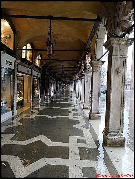 義大利day4-2 義大利淹水000066.jpg