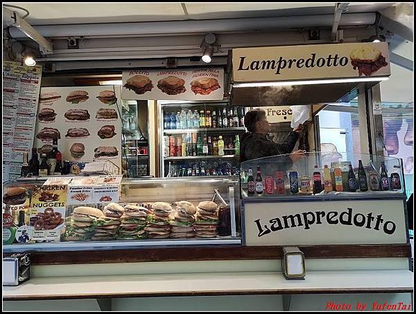 義大利day6-4 百年皇宮餐廳丁骨牛排料理+牛肚包000074.jpg
