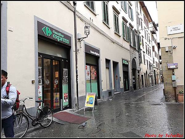 義大利day6-4 百年皇宮餐廳丁骨牛排料理+牛肚包000076.jpg