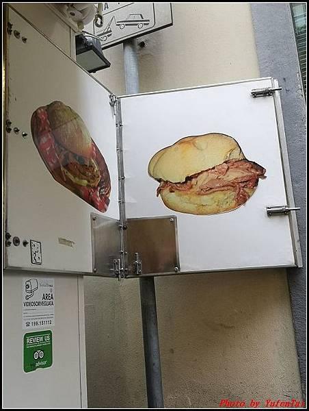 義大利day6-4 百年皇宮餐廳丁骨牛排料理+牛肚包000079.jpg