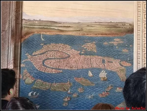 義大利day8-4 梵諦崗博物館000108.jpg