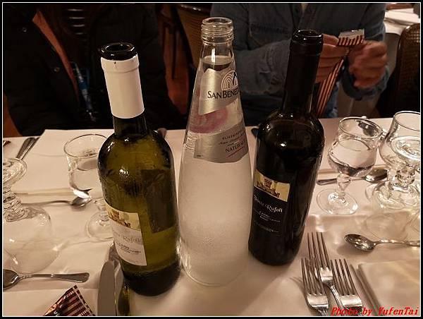 義大利day8-5 羅馬音樂餐廳海鮮風味晚宴000005.jpg