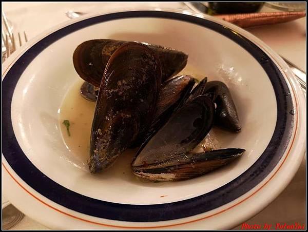 義大利day8-5 羅馬音樂餐廳海鮮風味晚宴000019.jpg