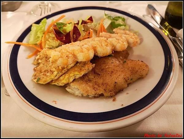 義大利day8-5 羅馬音樂餐廳海鮮風味晚宴000030.jpg