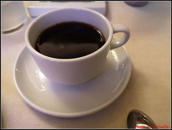 義大利day9-1 早餐+晨拍000003.jpg