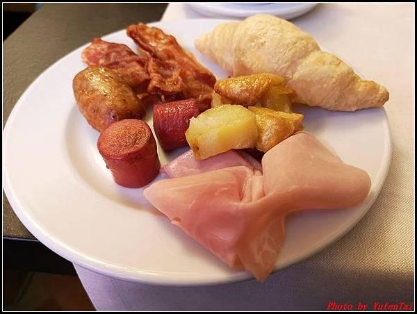 義大利day9-1 早餐+晨拍000013.jpg