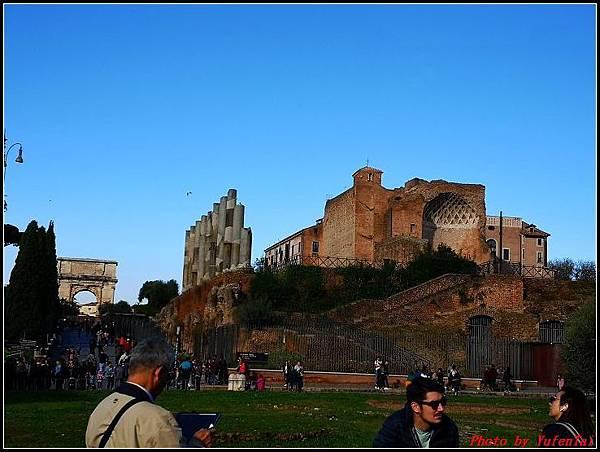 義大利day9-2 羅馬競技場000006.jpg