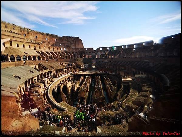義大利day9-2 羅馬競技場000044.jpg