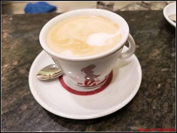 義大利day9-3 萬神殿+ 金杯咖啡000073.jpg