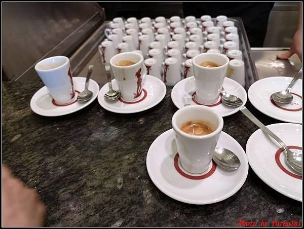 義大利day9-3 萬神殿+ 金杯咖啡000080.jpg