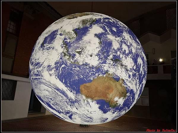 漂浮地球007.jpg