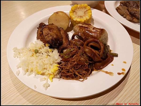 郵輪香港郵輪day2-8晚餐0009.jpg