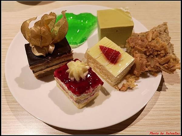 郵輪香港郵輪day2-8晚餐0041.jpg