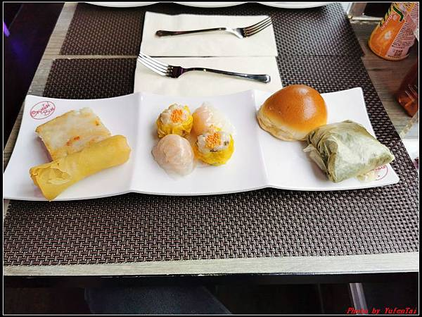 香港DAY3-3水晶巴士午餐團0222.jpg