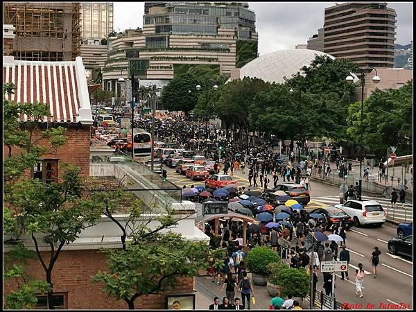 香港DAY3-3水晶巴士午餐團0331.jpg
