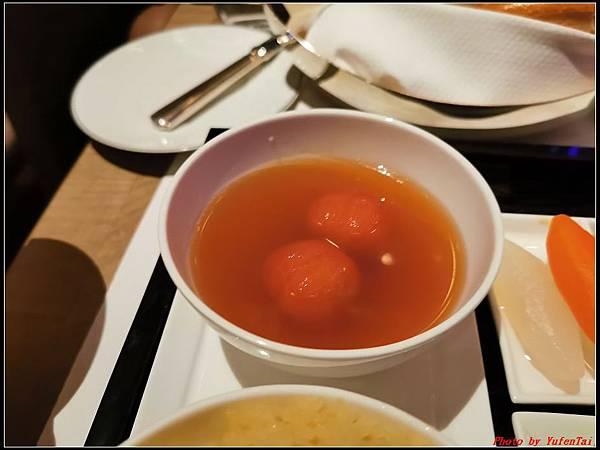 香港DAY3-4瑞吉酒店晚餐0225.jpg