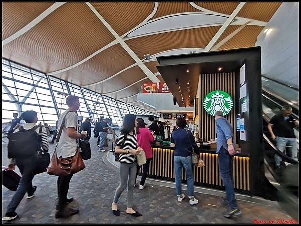 上海快閃DAY2-2回程0054.jpg