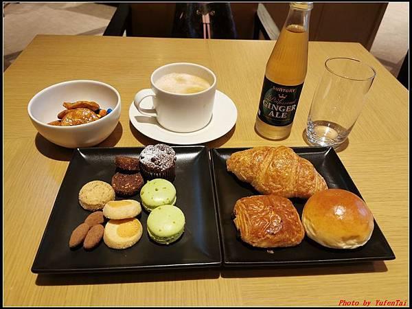 東京day4-3 lounge021.jpg