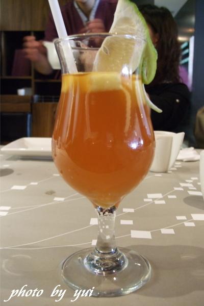 飲料:水果冰茶