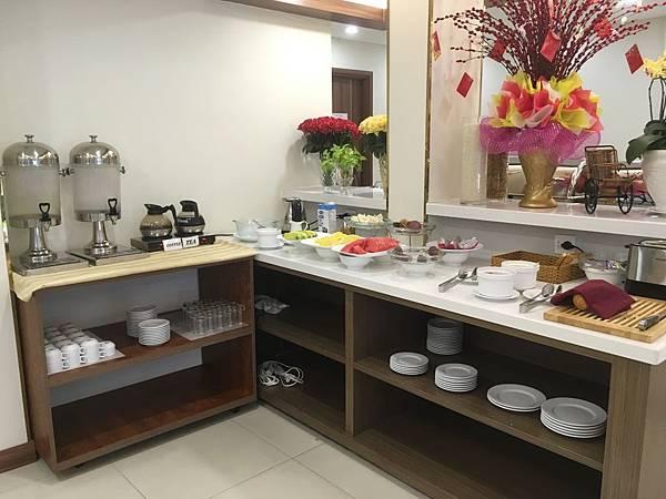 范五老街飯店Saigon KIKO Hotel早餐吧