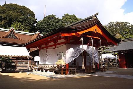 800px-Sumiyoshi-jinja_(Shimonoseki)_Haiden.jpg