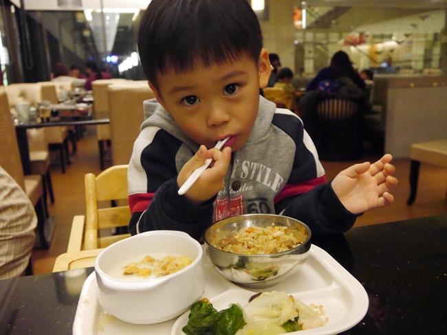 │宜蘭礁溪長榮鳳凰酒店│煙波亭 無菜單料理晚餐+beffet早餐