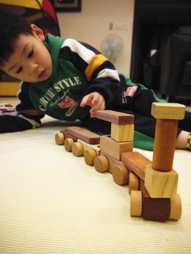 韓國Soopsori 蘇索力原粹木磁性積木。腦開發玩出創造力韓國Soopsori 蘇索力原粹木磁性積木。腦開發玩出創造力