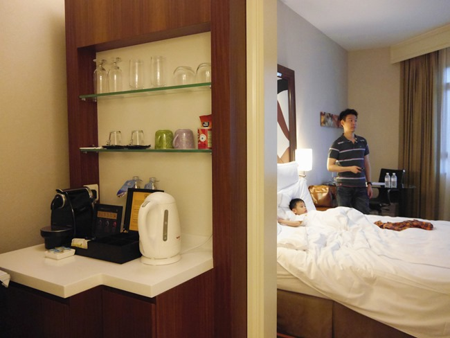 │宿。新加坡│親子7天6夜自由行Day1。「瑞士茂昌閣酒店」