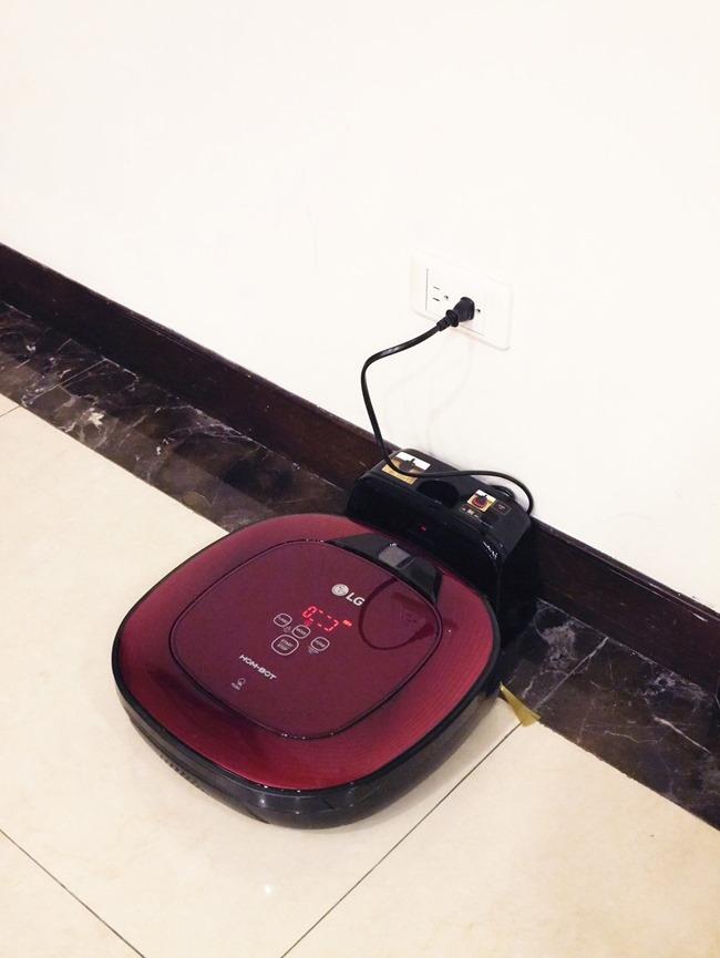 │體驗│LG雙眼小精靈清潔機器人。讓媽媽能把打掃時間留在更美好的事物上