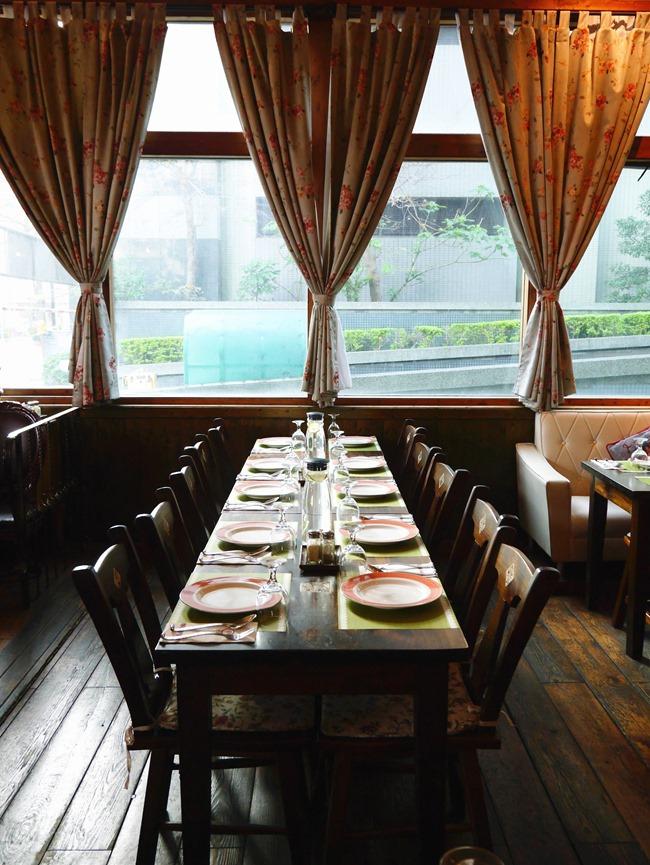 │台北。內湖│CaLACaLA義大利餐廳。歐式鄉村風好適合家庭、朋友餐聚