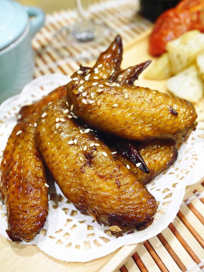 │食譜│金車噶瑪蘭麥汁。免開火「黑麥汁黃金照燒翅」吮指的美味