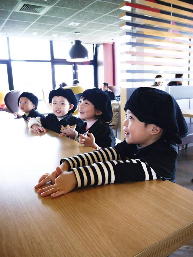 │5Y上班趣│麥當勞「小麥麥體驗營」-一身帥勁兒 小小咖啡師