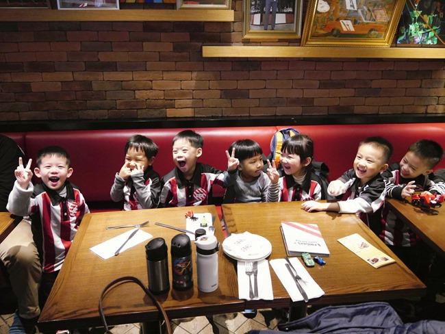 5Y同樂會-T.G.I Friday兒童體驗營